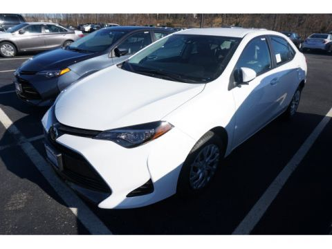 New 2017 Toyota Corolla LE 4dr Sedan