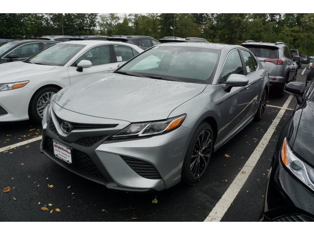 2017 toyota camry se 4dr sedan pricing and options. Black Bedroom Furniture Sets. Home Design Ideas