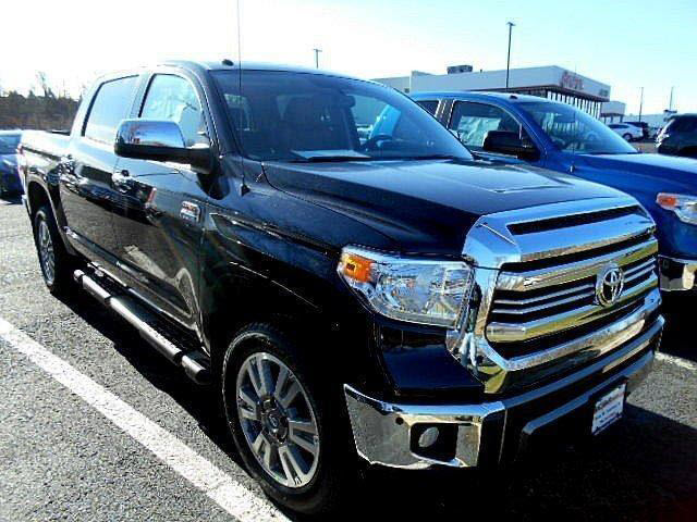 new 2017 toyota tundra 1794 edition crewmax 5 5 bed 5 7l 4x4 1794 4dr crewmax cab pickup sb 5. Black Bedroom Furniture Sets. Home Design Ideas