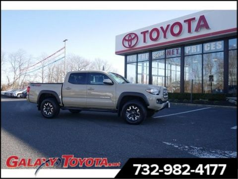 Certified Pre-Owned 2017 Toyota Tacoma 4WD 4x4 TRD Off-Road 4dr Double Cab 5.0 ft SB 6A