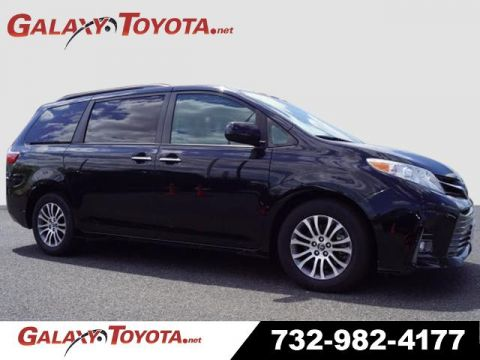 Pre-Owned 2019 Toyota Sienna FWD XLE 8-Passenger 4dr Mini-Van